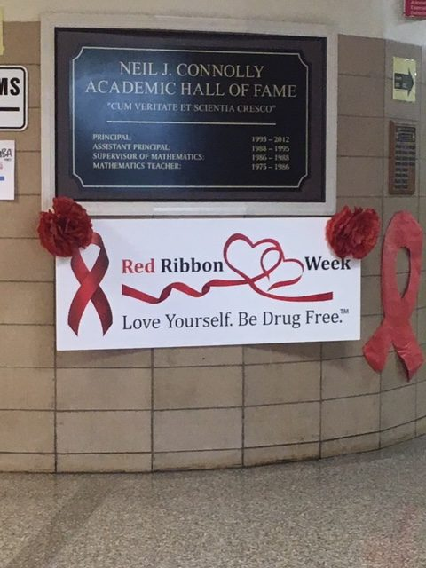 SADD Spreads Awareness for Red Ribbon Week